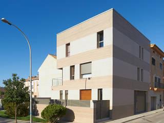 Casa F SMB ARQUITECTURA Casas de estilo moderno