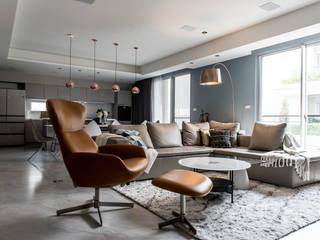 泰勒瓦。何宅 现代客厅設計點子、靈感 & 圖片 根據 小福砌空間設計 現代風