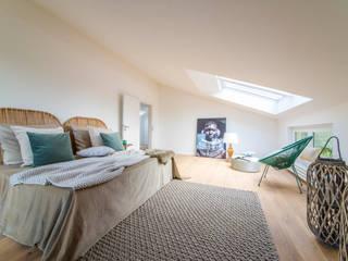 Mediterranean style bedroom by Münchner home staging Agentur GESCHKA Mediterranean