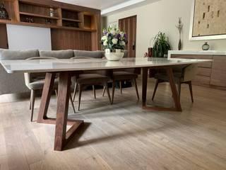Revah Arqs Salas de jantar modernas Madeira Acabamento em madeira