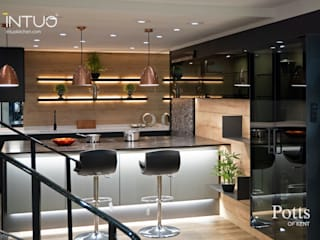 Beautifully lit Intuo glass kitchen Modern kitchen by Intuo Modern