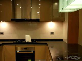 士林顧公館案 現代廚房設計點子、靈感&圖片 根據 微.櫥設計/We.Design Kitchen 現代風