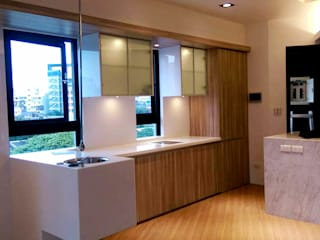 士林小西街案 現代廚房設計點子、靈感&圖片 根據 微.櫥設計/We.Design Kitchen 現代風