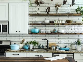 3BHK Flat @ Sarjapur Modern kitchen by Redpost Interiors Modern