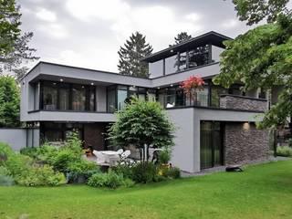 Modern Garden by Avantecture GmbH Modern