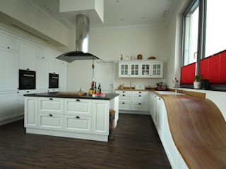 Beer GmbH Built-in kitchens White