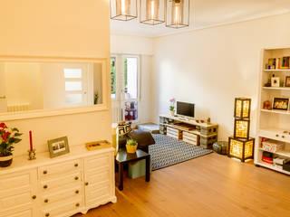 Reforma de vivienda en Getxo Salones de estilo moderno de BR&C arquitectos Moderno