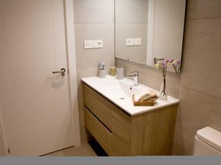 Reforma de vivienda en Getxo Baños de estilo moderno de BR&C arquitectos Moderno