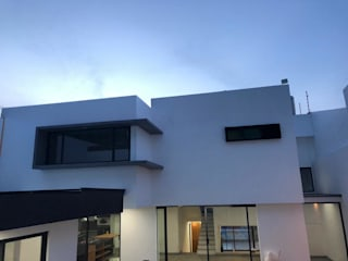 RESULTADO FINAL FACHADA POSTERIOR de De la Vega arquitectura