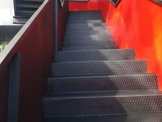 Pintura escalera Decoraciones A&C Escaleras