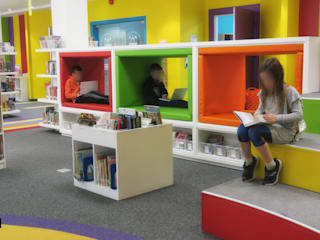 Elementary Learning Commons space Modern study/office by dal design office Modern