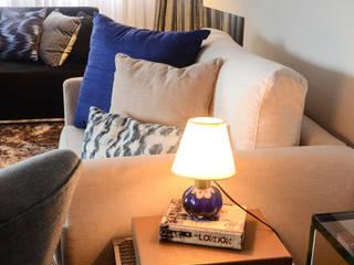 Apartamento em Moema por Marcela Rocca Arquitetura & Interiores Moderno