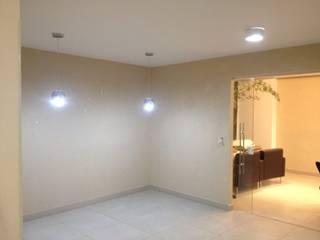 Paredes Fulget Artcril Paredes e pisos modernos por Pincel de Ouro Moderno