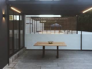 Andrame Balkon, Beranda & Teras Modern