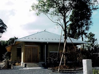 羽鳥の家 築14年(2005年12月竣工)。当時男子幼児2人を持つ30代夫妻 整体院併用住宅 樹・中村昌平建築事務所 日本家屋・アジアの家