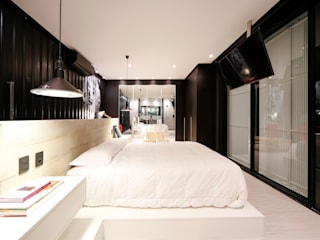 Modern style bedroom by Bruno Rubiano Modern
