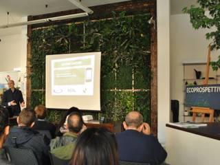 Life Panel LAB lo spazio dedicato alla cultura sostenibile Giardino d'inverno moderno di Life Panel snc Moderno
