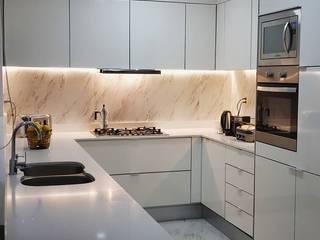 modern  by Taller de Cocinas, Modern