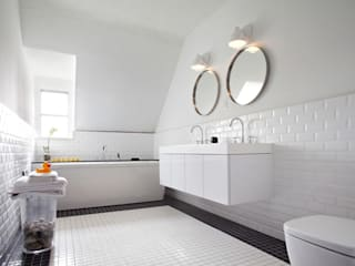 Orel Andre Scandinavian style bathrooms
