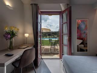 Filippo Foti Foto Hoteles de estilo moderno Madera Blanco