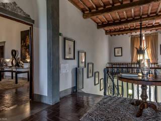 Filippo Foti Foto Hoteles de estilo clásico Hierro/Acero Blanco