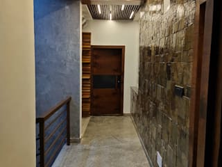 Project live images Modern corridor, hallway & stairs by Enwave Modern