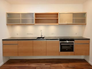 raumdeuter GbR KitchenStorage Kayu Brown