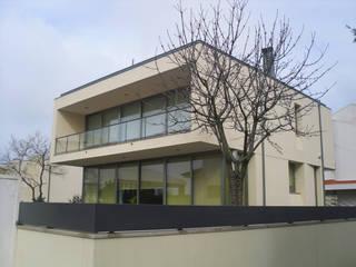 Modern Houses by Sérgio Mendes, Arquiteto Modern
