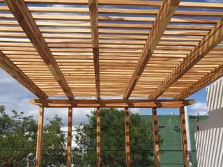Pisos y Maderas Finas de Queretaro SA de CV Modern Terrace Wood Amber/Gold