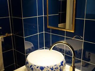 Modern Bathroom by Triptico Diseño y Construcción Modern