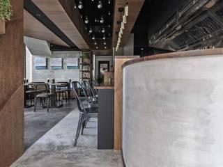 【新北林口‧ Le Ming 麵食精釀餐酒館】 根據 唐岱設計 工業風