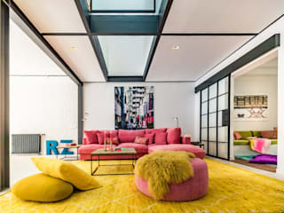 REMANSO DE COLOR EN EL BARRIO DE SANTA CATALINA - MALLORCA Salones de estilo moderno de Bconnected Architecture & Interior Design Moderno