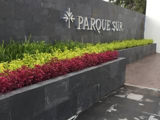 Parque sur residencial PASARFLOR Jardines modernos