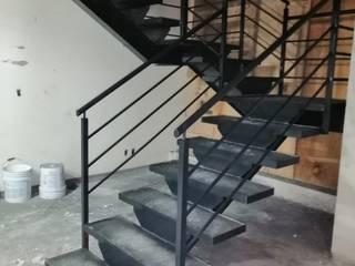 Escaleras y barandales Estudios y despachos clásicos de Herrería Villa Clásico