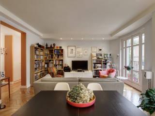 Ruang Keluarga Klasik Oleh Alessandra Pisi / Pisi Design Architectes Klasik