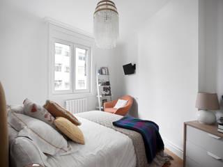 Estudio de Arquitectura Sra.Farnsworth Classic style bedroom