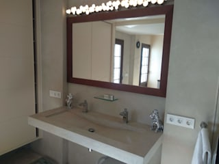 Colonial style bathroom by ECONCRET Colonial
