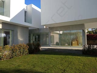 Modern houses by ECONCRET Modern