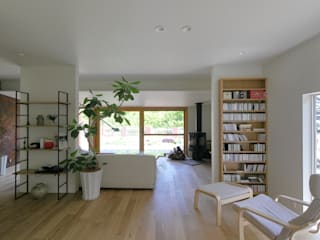 Asian style living room by studio m+ by masato fujii Asian