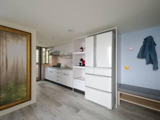 Dapur Gaya Skandinavia Oleh 微自然室內裝修設計有限公司 Skandinavia