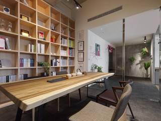 微自然室內裝修設計有限公司 Study/office