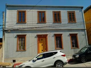 Proyecto Cerro Alegre Casas estilo moderno: ideas, arquitectura e imágenes de TRAZOARQUITECTOS Moderno