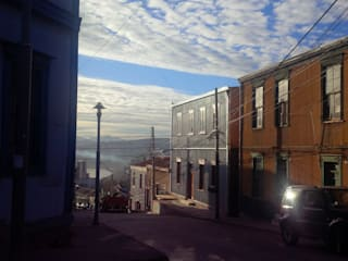 Proyecto Cerro Alegre de TRAZOARQUITECTOS Moderno