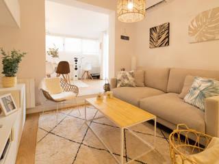Decoración integral para uso particular Salones de estilo escandinavo de Lala Decor HomeStaging & Reformas Integrales de pisos Escandinavo