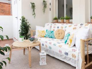 Decoración integral para uso particular Balcones y terrazas de estilo escandinavo de Lala Decor HomeStaging & Reformas Integrales de pisos Escandinavo