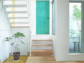 スカイリビング オリジナルスタイルの 玄関&廊下&階段 の 一級建築士事務所 青木設計事務所 オリジナル