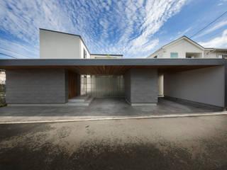 囲いの間取り の TRANSTYLE architects モダン