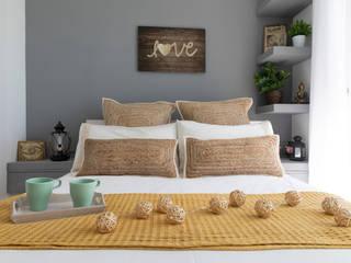 Decoración Integral piso turístico Costa Dorada de Lala Decor HomeStaging & Reformas Integrales de pisos Mediterráneo