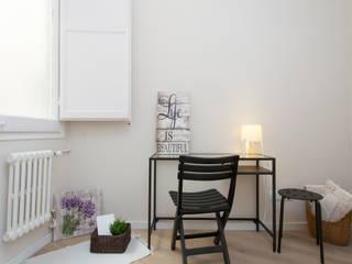 Home Staging en vivienda vacía Estudios y despachos de estilo escandinavo de Lala Decor HomeStaging & Reformas Integrales de pisos Escandinavo