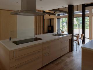 Modern style kitchen by 株式会社 井川建築設計事務所 Modern